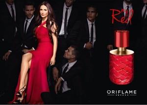Oriflame przedstawia My Red by Demi Moore – kuszący zapach z nutą bardzo rzadko spotykanego czerwonego jaśminu