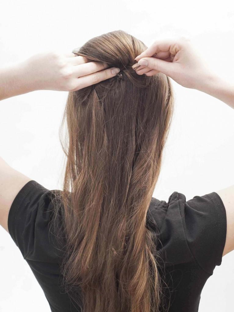 Uroda Włosy  Upięcie retro pod toczek - KROK PO KROKU