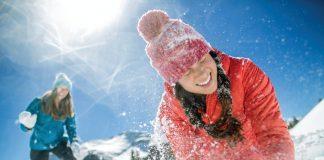 Po śniegu rakietą w butach Merrell Siren Mid Thermo Waterproof 2