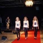 Akcesoria Buty  Buty specjalnie zaprojektowane na pokaz mody.