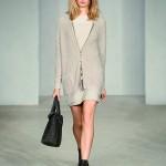 Moda Damska Stylizacje  Cool cardigan – ponadczasowe swetry w kolekcji Marc O'Polo