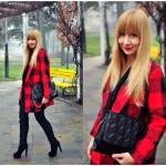 Moda Damska  Gorąca czerwień na zimowe chłody