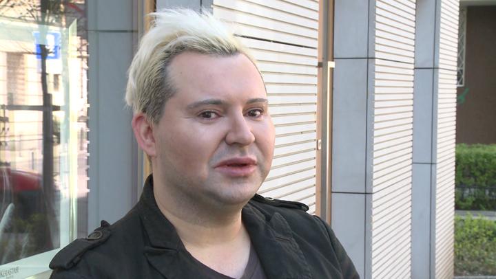 News Osobowości  Michał Witkowski: w polskiej modzie chodzi tylko o to, by kremowe koktajlówy pokazały się na ściance