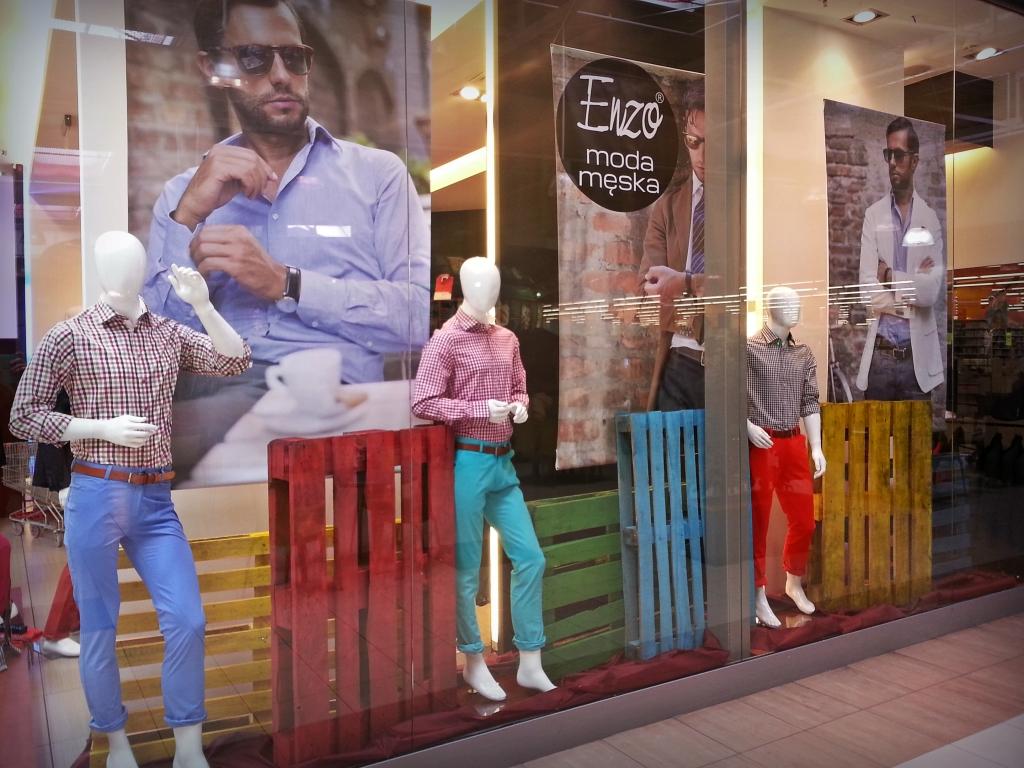 Enzo wzbogaca ofertę mody męskiej galerii Auchan w Kołbaskowie