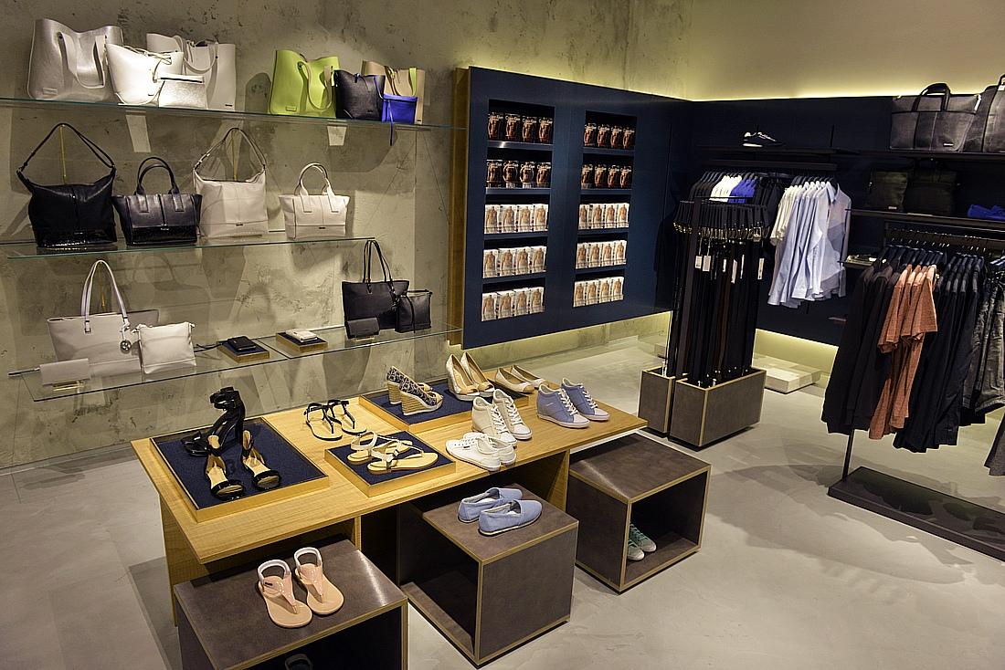 Galerie Handlowe Shopping  Calvin Klein Jeans w Galerii Krakowskiej