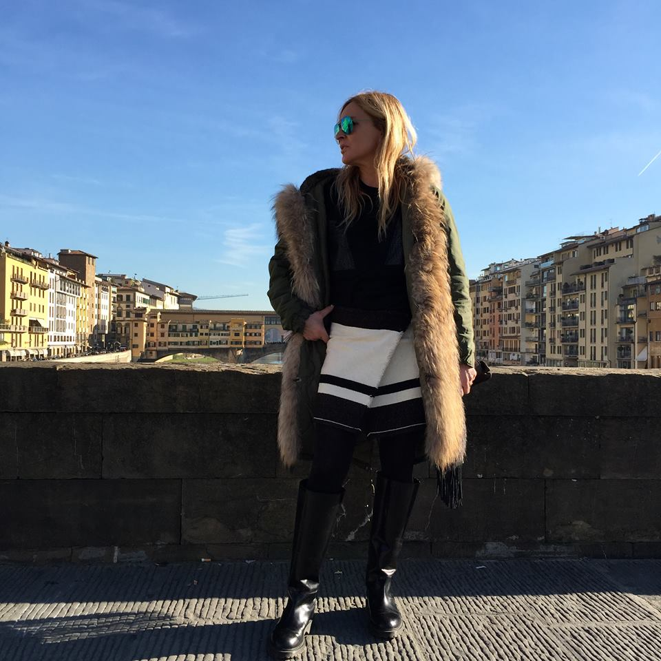 Moda Damska  Gwiazdy kochają parki Mr&Mrs Italy. Kultowe kurtki nareszcie w Polsce