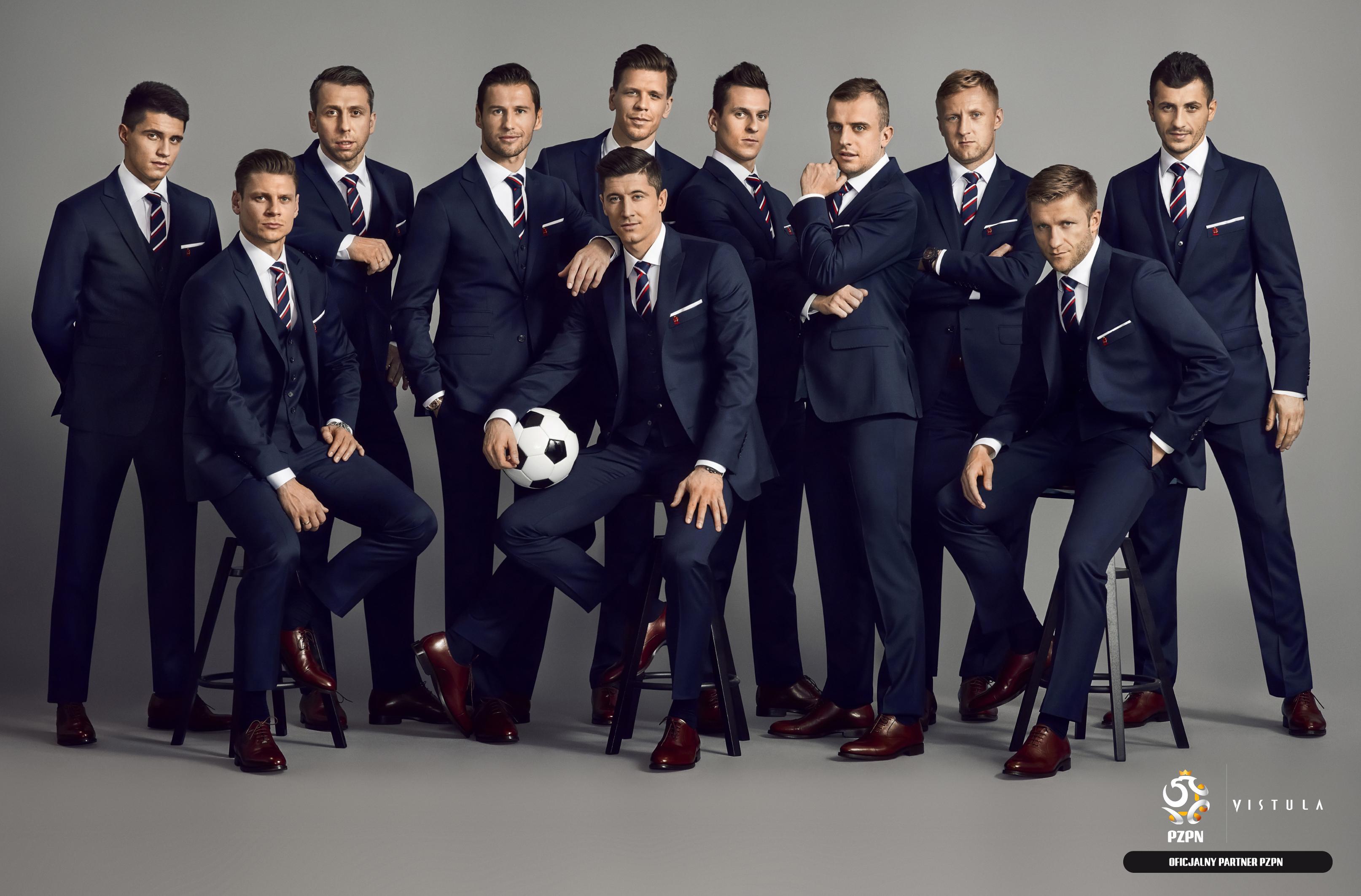 Moda Męska  Formalny strój reprezentacji Polski w piłce nożnej w limitowanej sprzedaży