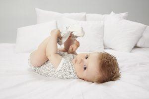 Jak wybrać odpowiednie ubranko dla niemowlaka na wiosnę?