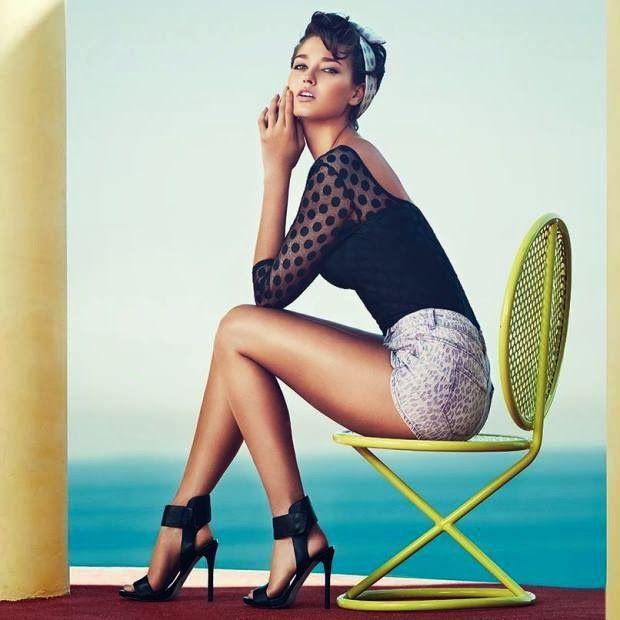 Dżinsowe szorty w eleganckim towarzystwie 7 stylizacji