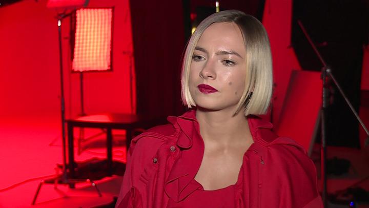 """News  Natalia Nykiel: siedzenie na fotelu trenerskim w """"The Voice of Poland"""" wiąże się z odpowiedzialnością i z poświęceniem czasu uczestnikom"""