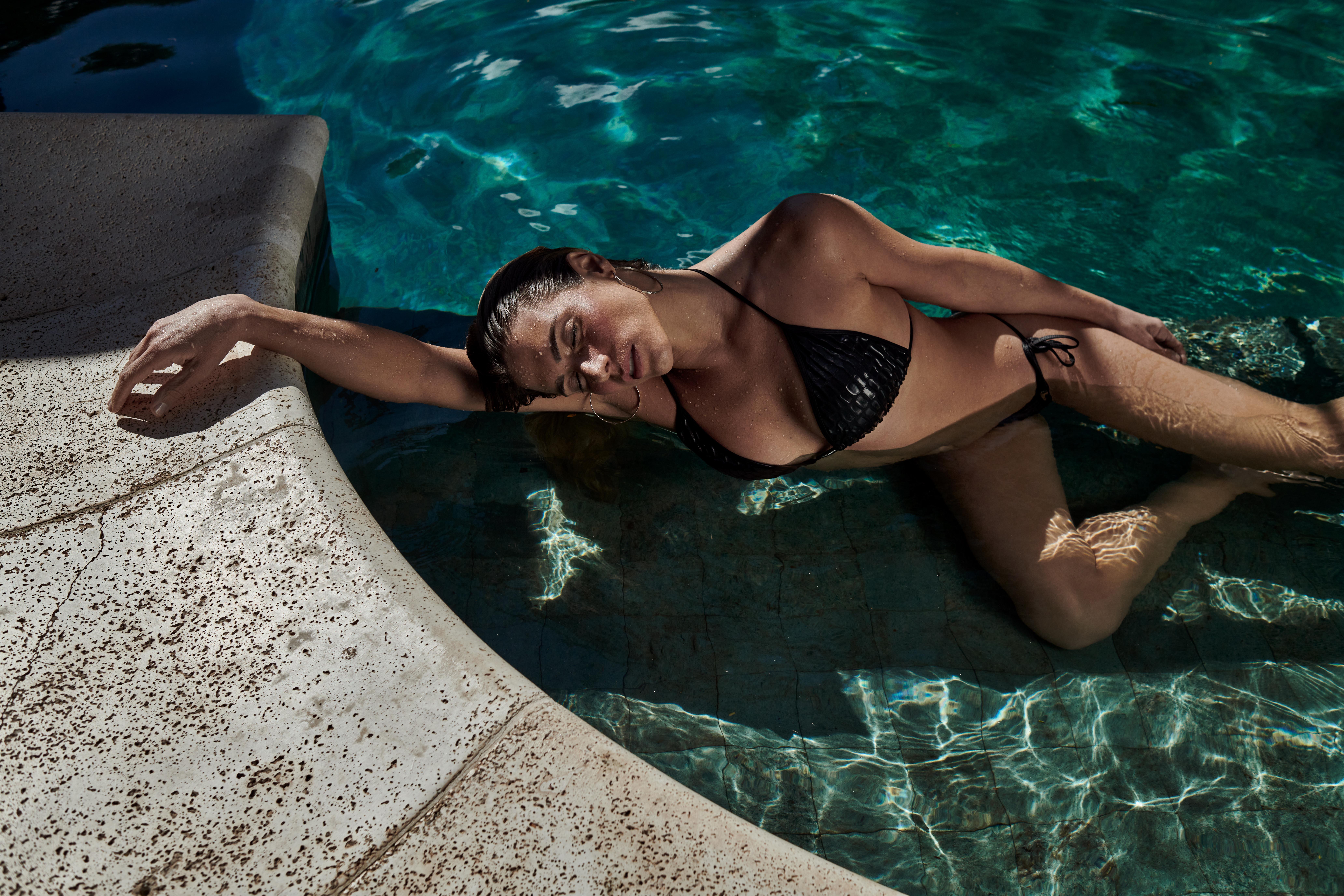 MODA PLAŻOWA  Piękno i siła – czyli kolekcja kostiumów kąpielowych od brazylijskiej marki LABELLAMAFIA
