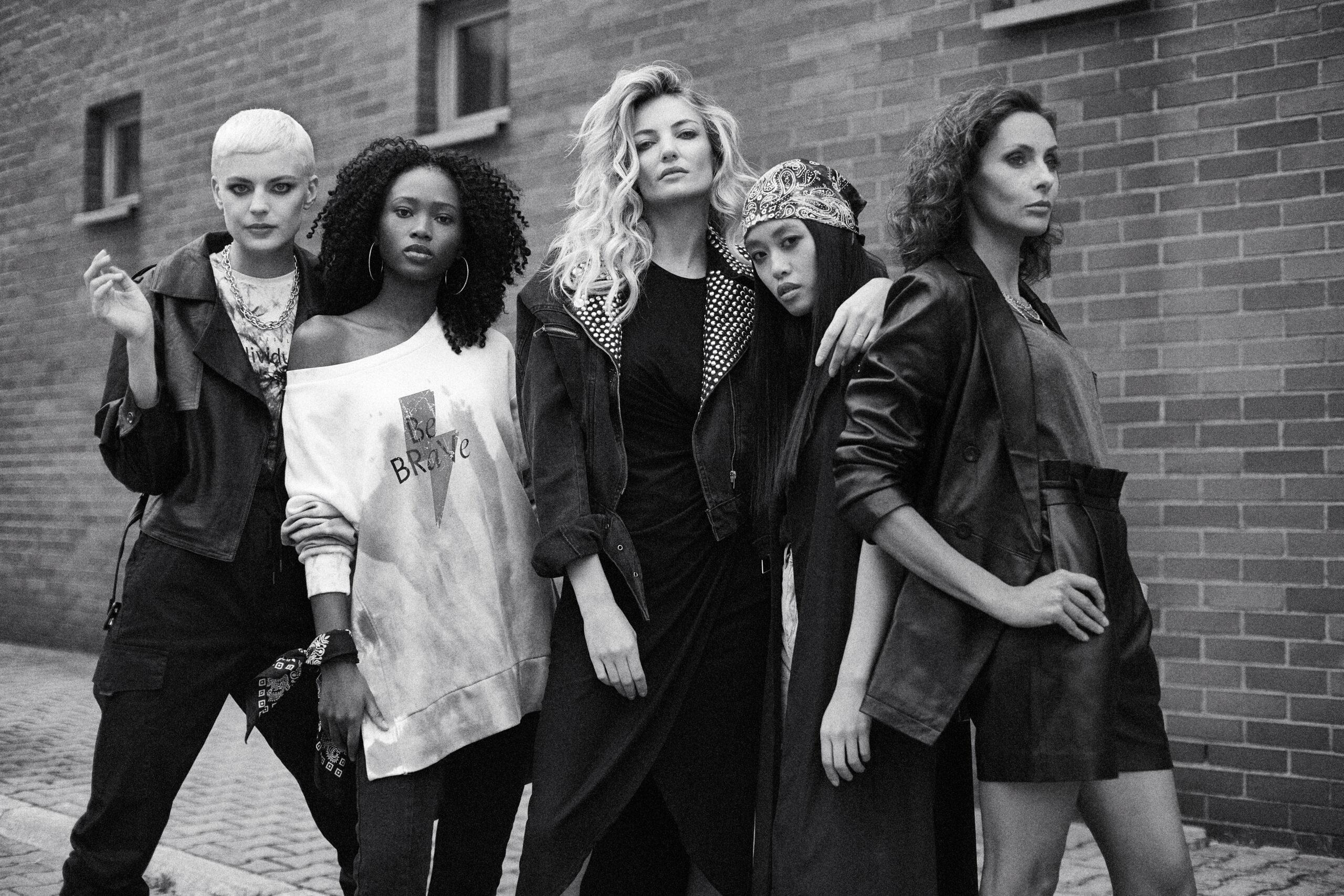 Moda Damska  Czas na Girl Power! Limitowana kolekcja marki answear.LAB