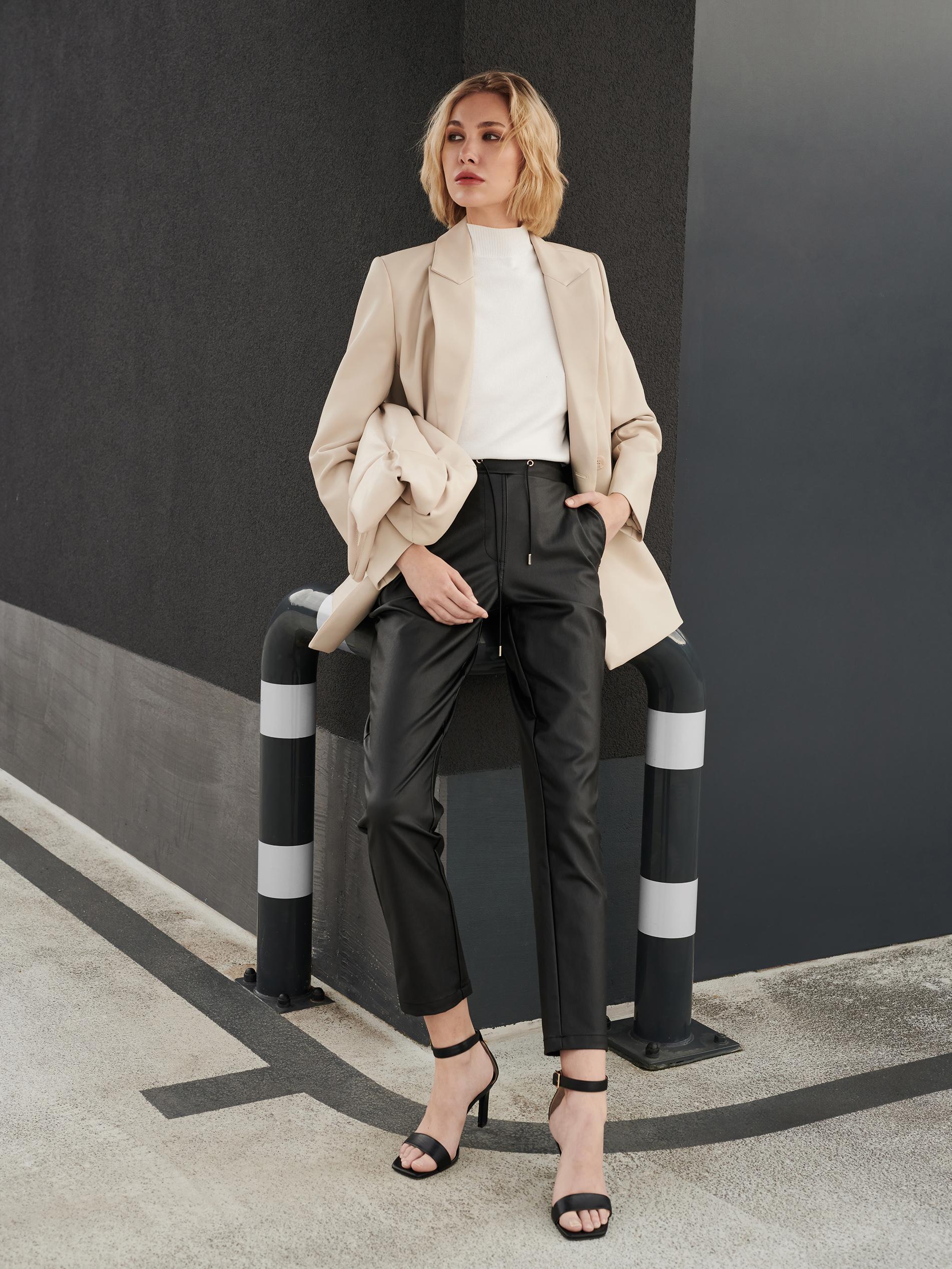 Moda Damska  MOHITO Urban Elegance